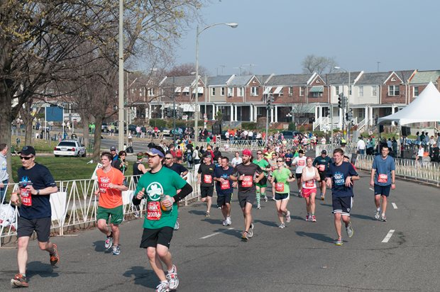 SunTrust Marathon, Neighborhood